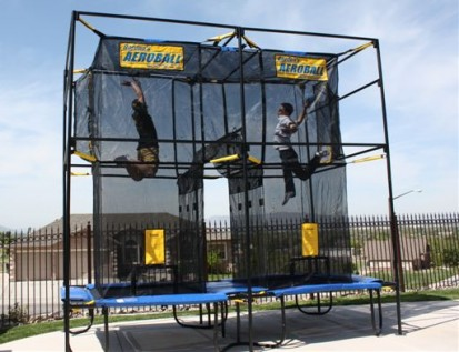 Playing Aeroball